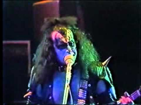"VIDEO: 1975 – Kiss performs ""Rock and Roll All Nite"" at Cobo Hall in Detroit"